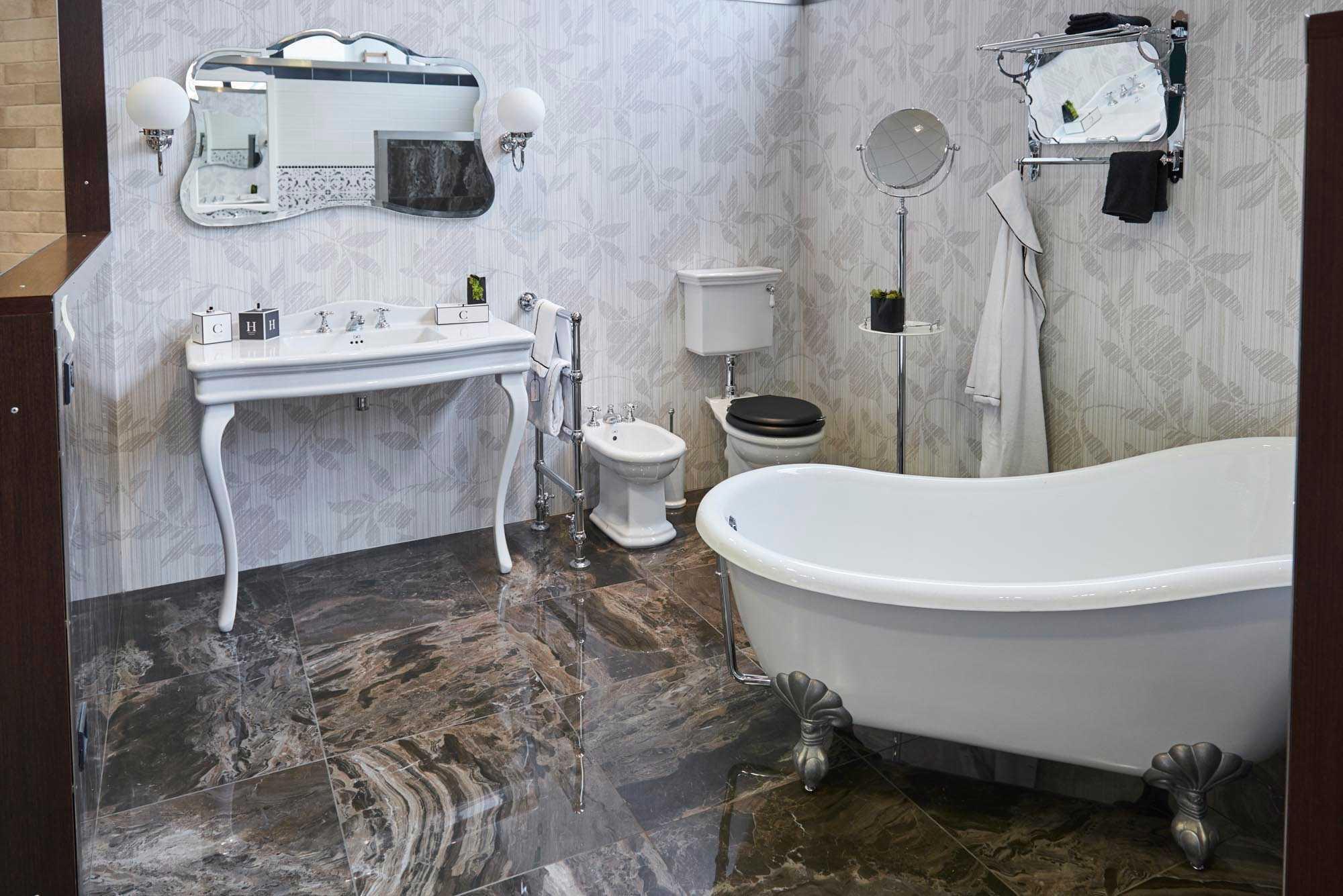 ShowRoom SVAI_Casale Monferrato_arredo bagno vintage