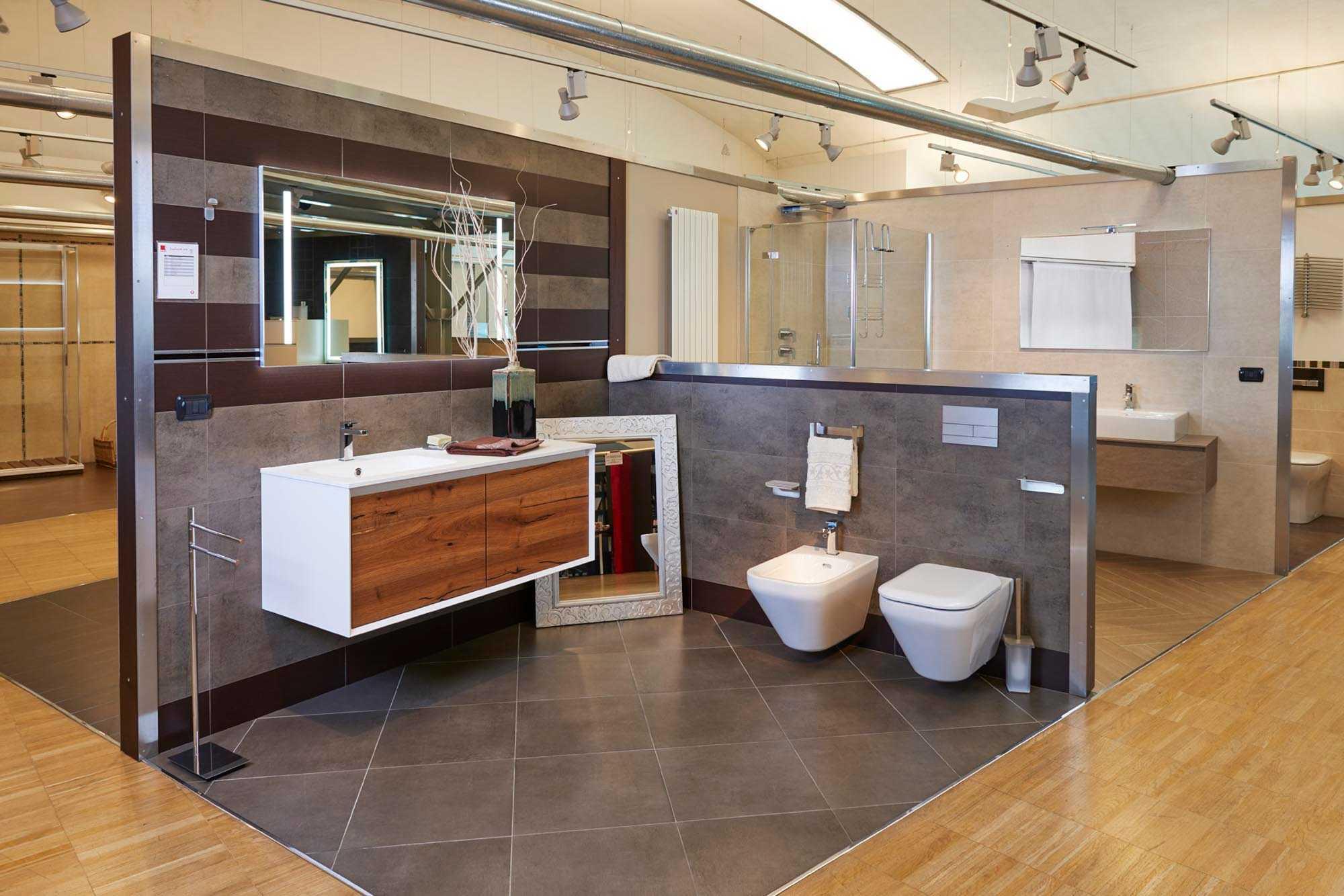 Showroom SVAI_Colognola_arredobagno moderno