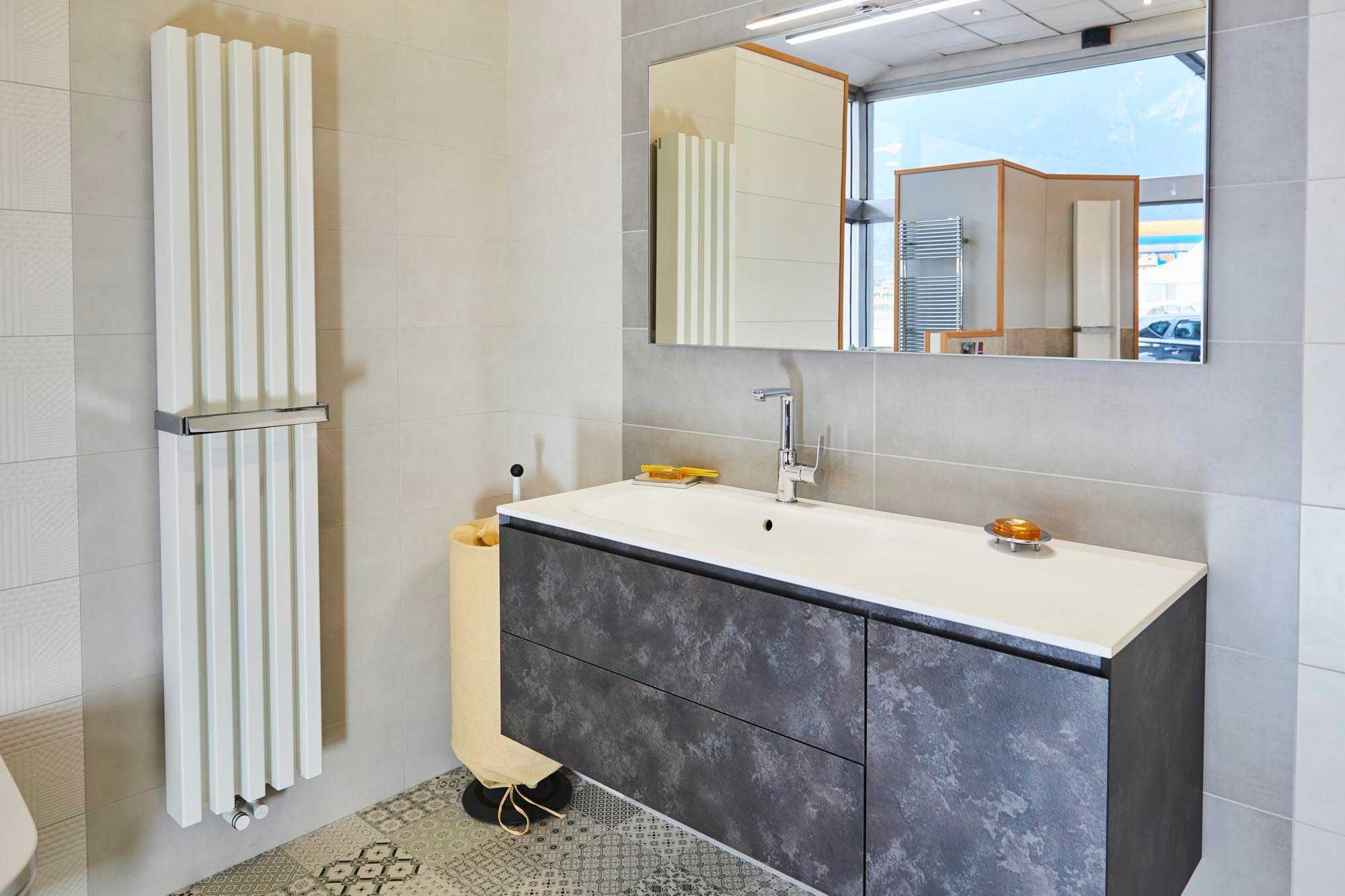 Showroom SVAI_Corrubbio_arredobagno moderno