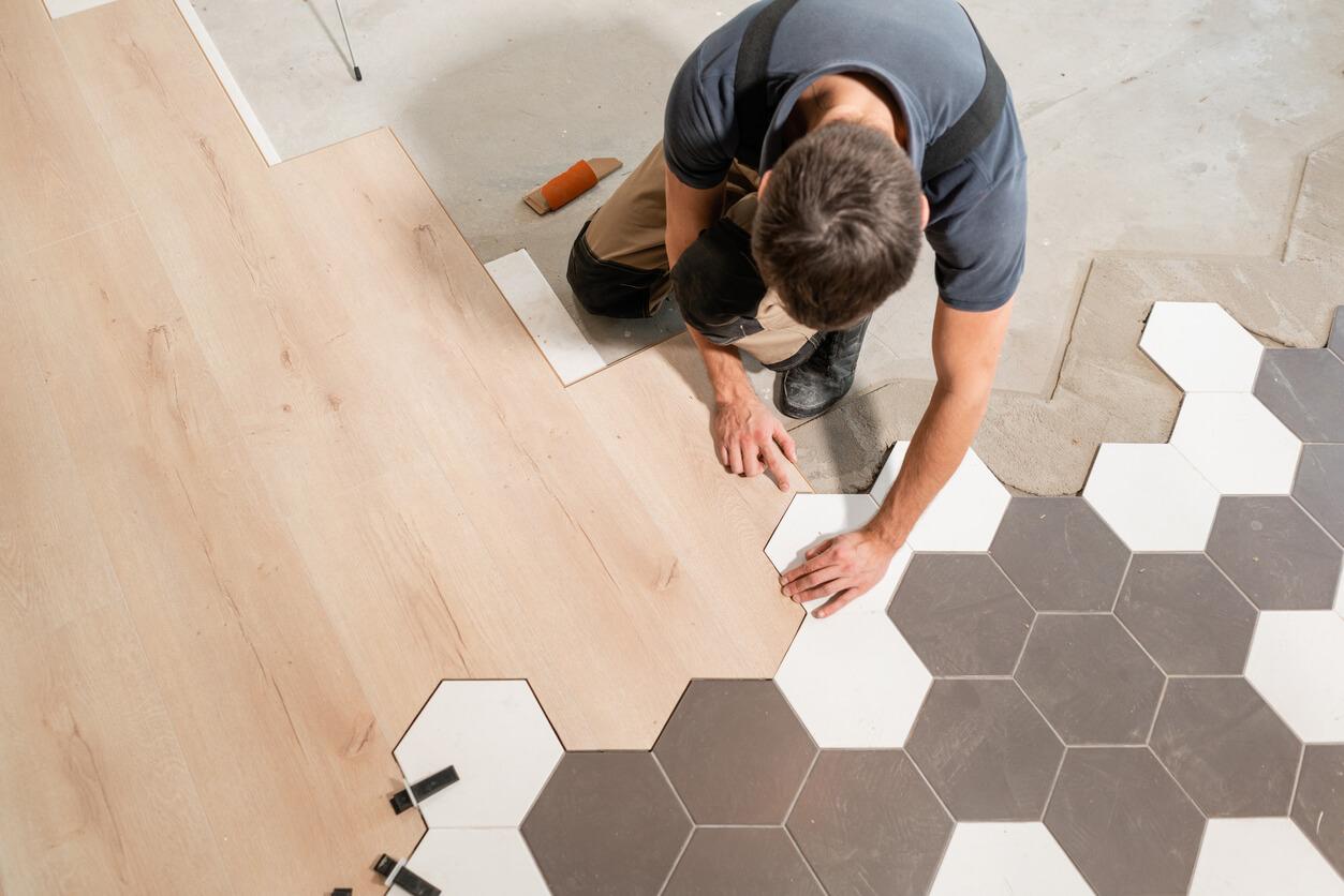 pavimenti e rivestimenti SVAI_laminato chiaro posa