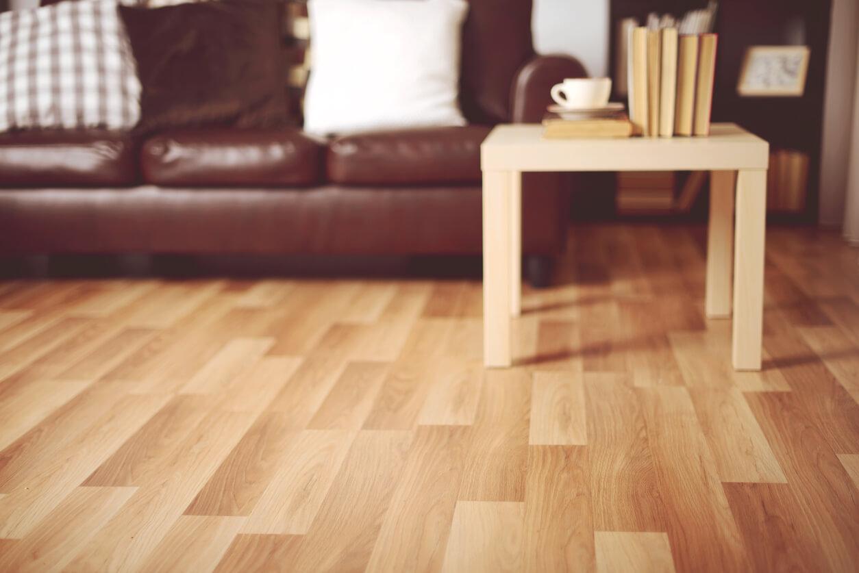 pavimenti e rivestimenti SVAI_laminato marrone chiaro