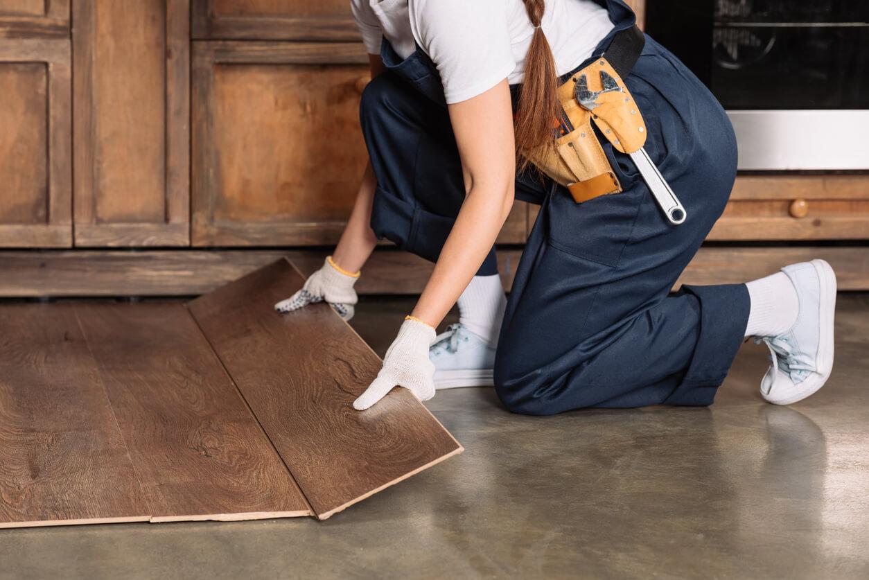 pavimenti e rivestimenti SVAI_laminato scuro posa