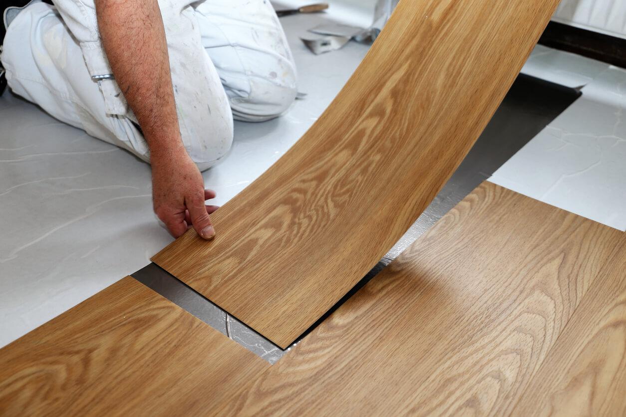 pavimenti e rivestimenti SVAI_pvc finto legno posa