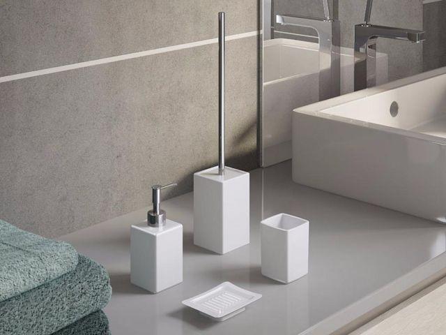 SVAI_accessori bagno quadrati