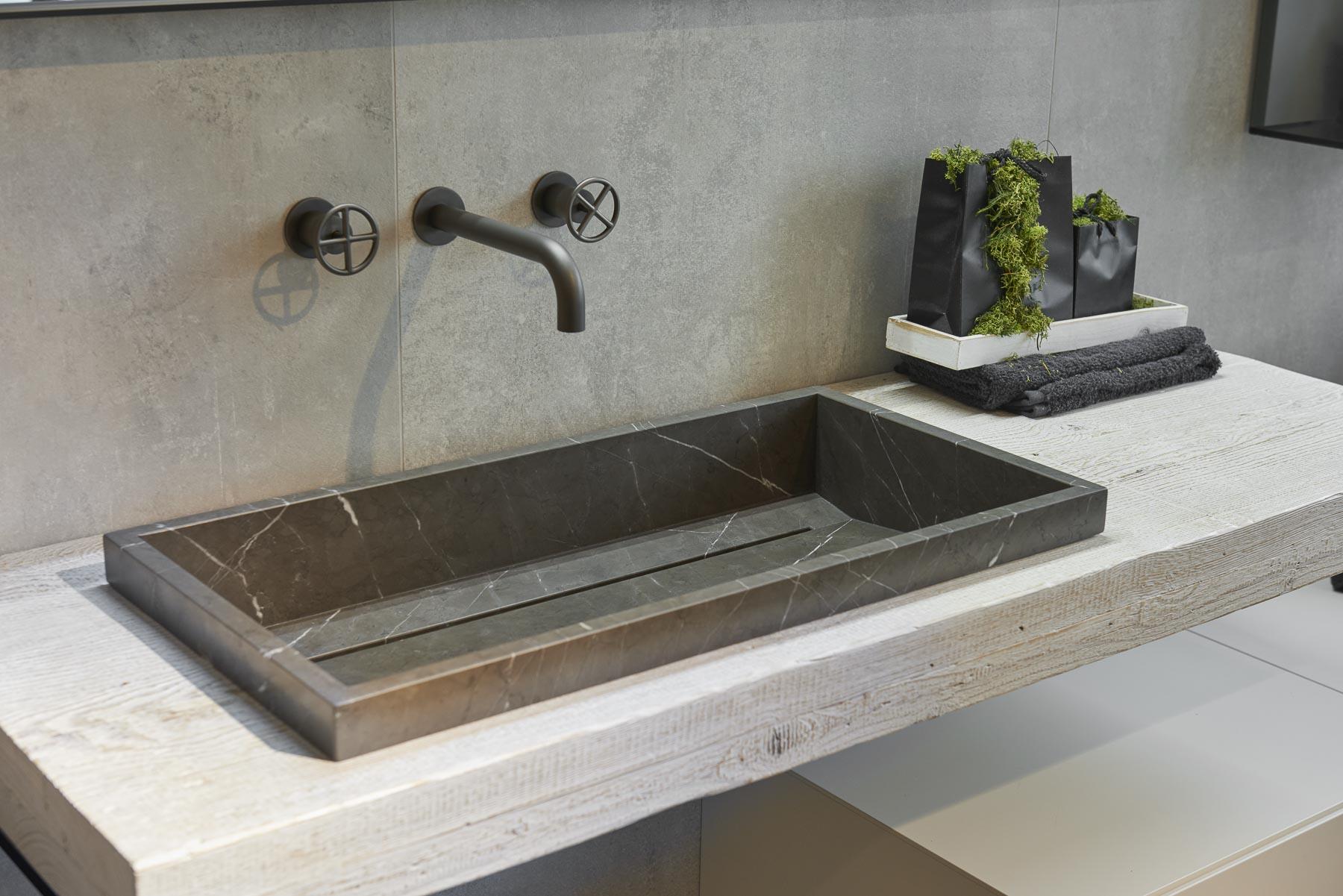Lavabi E Lavandini Modelli Per Bagno Piccoli E Rettangolari Svai