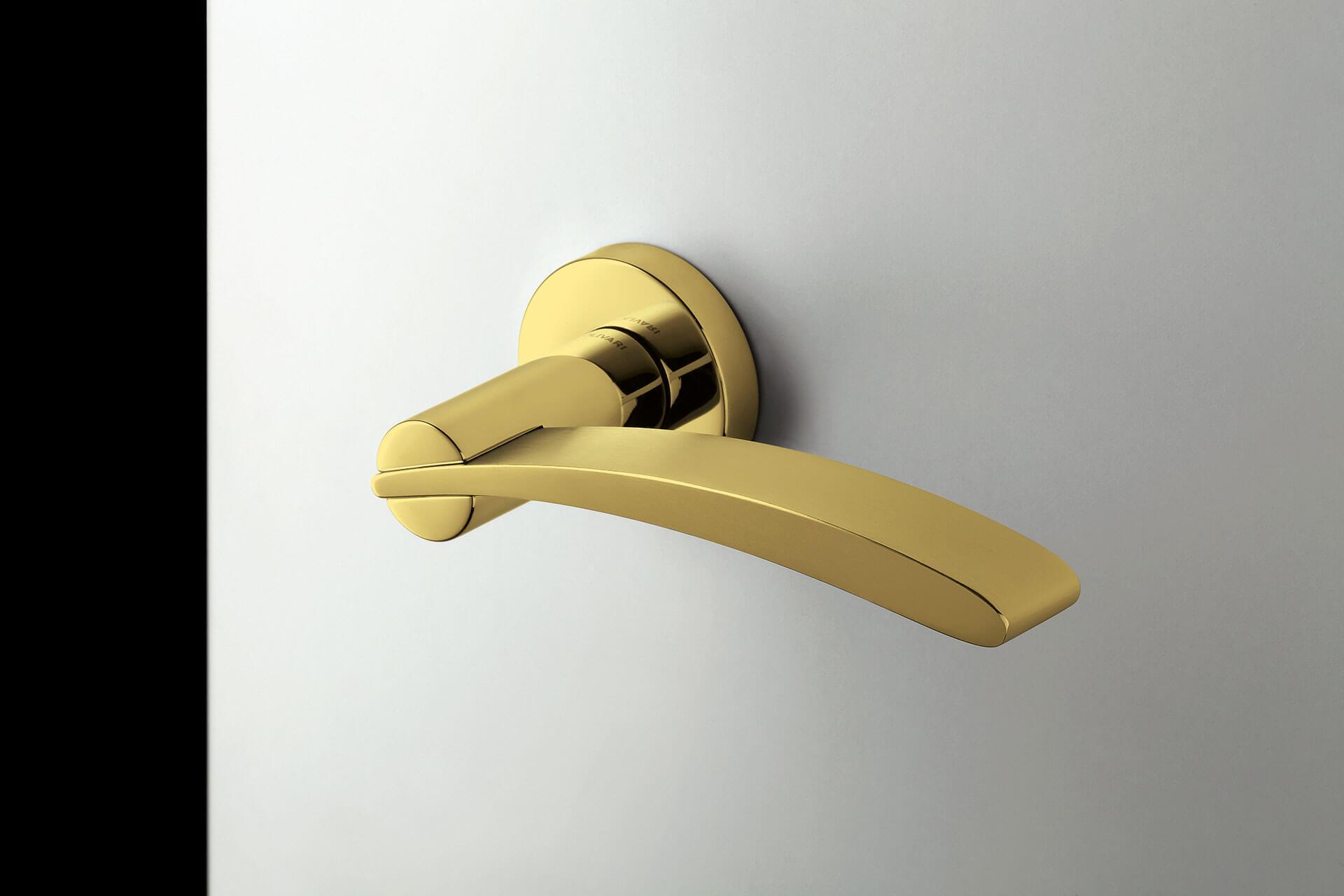 SVAI_maniglia design oro