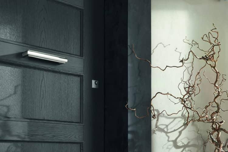SVAI_porta interna legno nero