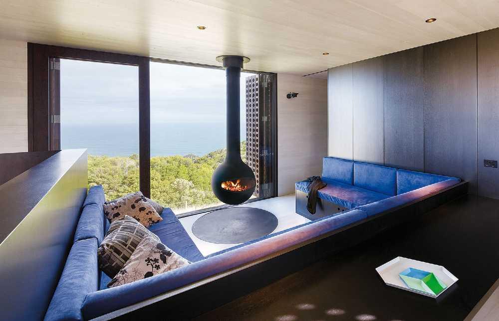 SVAI_stufa a legna moderna di design tonda da soffitto
