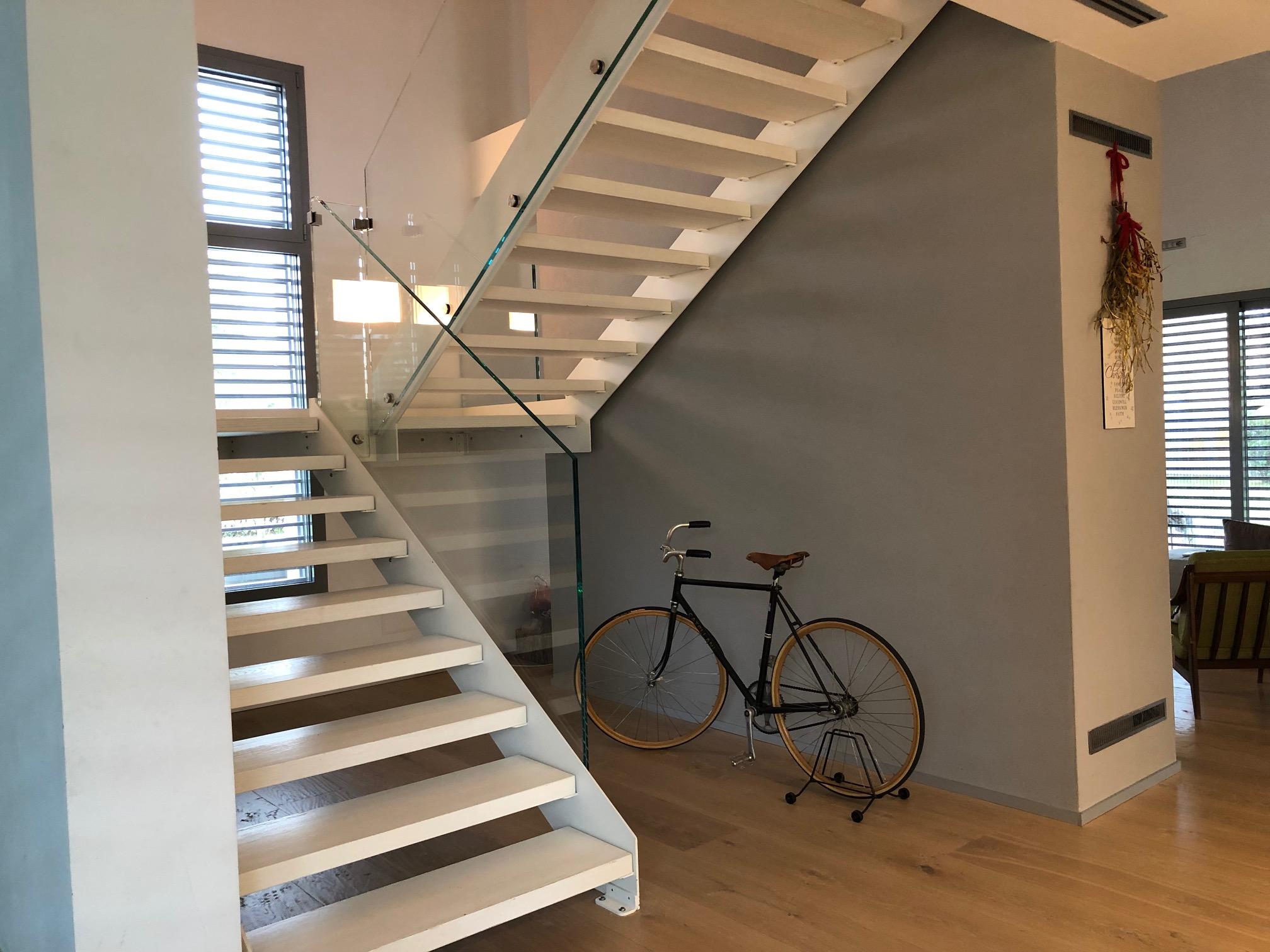 scale interne moderne in legno
